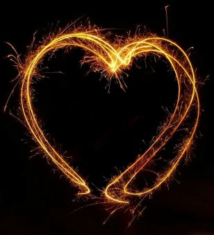 fireworks_heart_by_pictureperfect96-d47pbdt